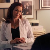 "Annie Wersching in Castle Season 6 Episode 9 ""Disciple"" Promotional Photo - 1"